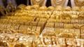 Giá vàng quay đầu giảm vào phiên cuối tuần