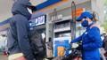 Giá xăng tiếp tục tăng mạnh từ 15h chiều nay