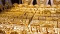 Giá vàng hôm nay 18/1: Giá vàng trong nước vẫn chênh lệch lớn với vàng thế giới