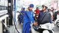 Ngày mai – 12/3, giá xăng dầu có thể lên mức kỷ lục mới?