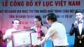 Triệu Trang nhận kỷ lục Guinness cùng lúc nhiều DVD nhất Việt Nam