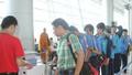 """Phục vụ hành khách khuyết tật: Trăm cái khó """"bó"""" hãng hàng không"""