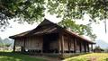 Ngôi đình cổ mang kiến trúc nhà sàn truyền thống của dân tộc Tày ở Lạng Sơn