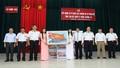 Trao tặng 3.500 lá cờ Tổ quốc cho ngư dân và chiến sĩ Trường Sa