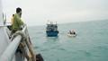 Cứu 13 nhà khoa học và thuyền viên gặp nạn trên biển
