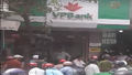 Khống chế đối tượng ngáo đá gây rối trụ sở VP Bank ở Huế