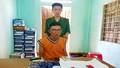 Bắt giữ 2 đối tượng vận chuyển gần 2.400 viên ma túy ở vùng biên Quảng Trị