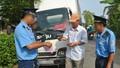 Bắt quả tang 2 cán bộ thanh tra giao thông nhận hối lộ
