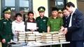 Bộ đội Biên phòng Hà Tĩnh bắt quả tang 2 đối tượng vận chuyển 60 bánh cần sa.