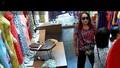 Hà Nội: Đang điều tra U60 giả trang khách hàng để trộm cắp tài sản tại các cửa hàng