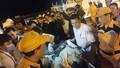 Va tàu lạ, tàu cá bị chìm, 19 thuyền viên rơi xuống biển