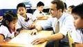 Vì sao phải thí điểm dạy tiếng Nga, tiếng Trung?
