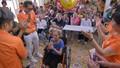 FWD chia sẻ hạnh phúc với các cụ già neo đơn