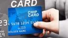 Chạm để thanh toán qua thẻ chip - Xu hướng thời 4.0