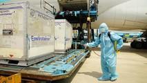 Vắc xin chống Covid-19 của AsreaZeneca về Việt Nam sáng nay có bảo vệ được 100% khỏi bệnh không?