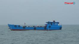 Quảng Nam: Bắt giữ tàu chờ dầu không có giấy tờ hợp pháp
