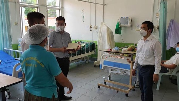 Chuyên gia y tế Việt Nam hỗ trợ tỉnh SAVANNAKHET (Lào) phòng, chống dịch Covid-19