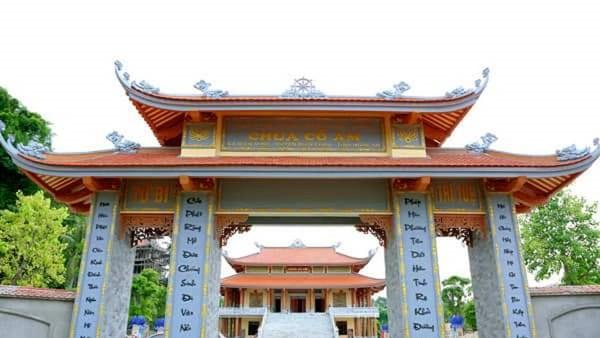 Cổng chùa Cổ Am ở Nghệ An.