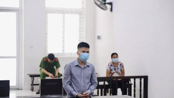 Bị cáo Tùng tại tòa.