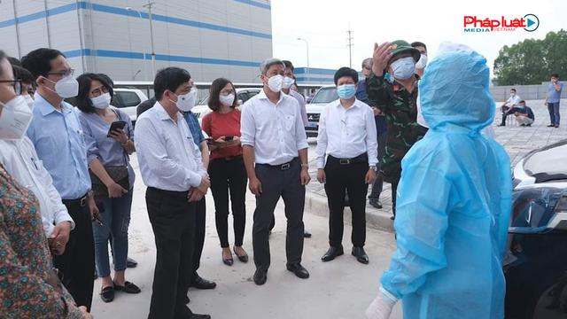 Thứ trưởng Bộ Y tế làm việc tại Bắc Giang: Chỉ để lọt 1 ca Covid 19 là có thể thành 'Bom nổ chậm'.