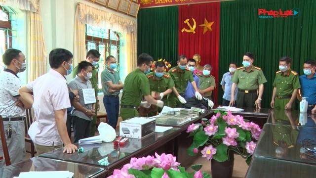 Lai Châu bắt hai đối tượng vận chuyển trái phép 30 bánh Heroin