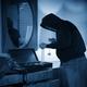 Hạn chế bị kẻ trộm ngòm ngó nhà bạn bằng cách nào ?