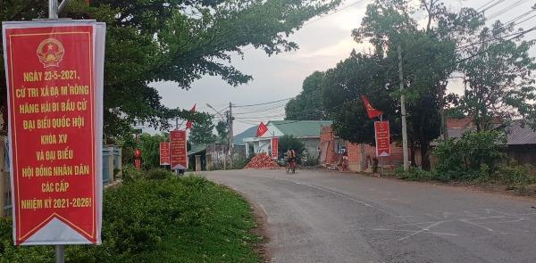 Đồng bào dân tộc thiểu số ở Lâm Đồng rộn ràng chờ ngày bầu cử