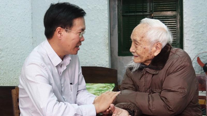 Trưởng Ban Tuyên giáo Trung ương Võ Văn Thưởng chúc Tết tại Quảng Ngãi