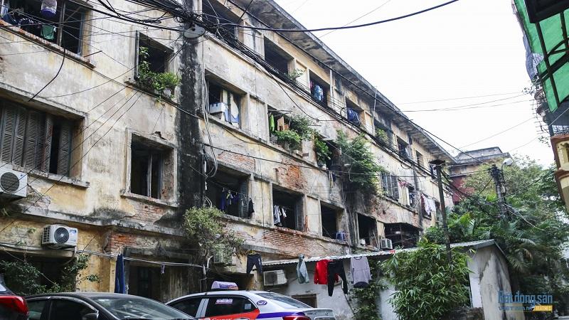 Khu tập thể cũ trường Đại học Kinh tế Quốc dân xuống cấp, nguy hiểm