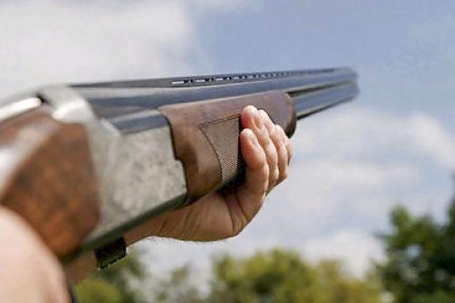 Vợ ngăn cản chồng tự sát, súng cướp cò khiến chồng tử vong