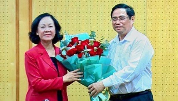 Nữ Trưởng Ban Tổ chức Trung ương đầu tiên nhận bàn giao nhiệm vụ