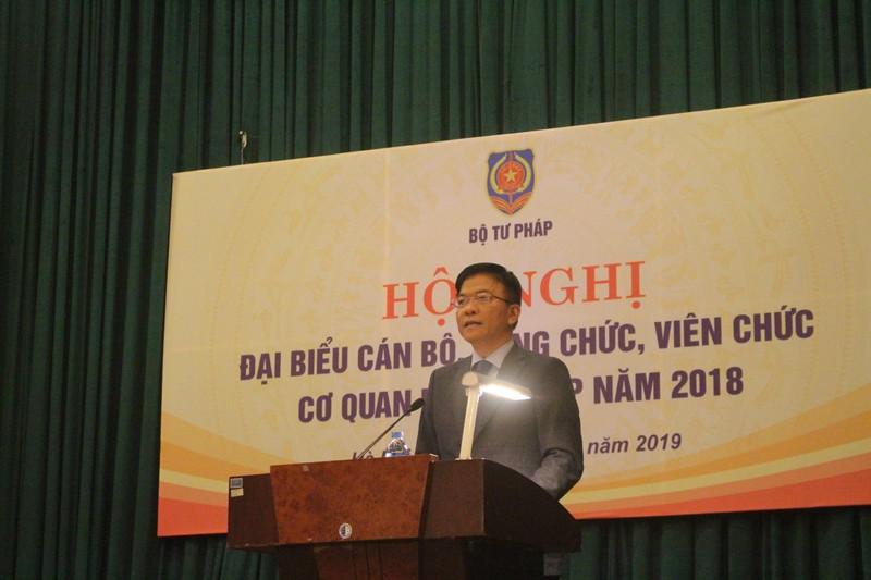 Bí thư Ban Cán sự Đảng, Bộ trưởng Bộ Tư pháp Lê Thành Long phát biểu chỉ đạo Hội nghị