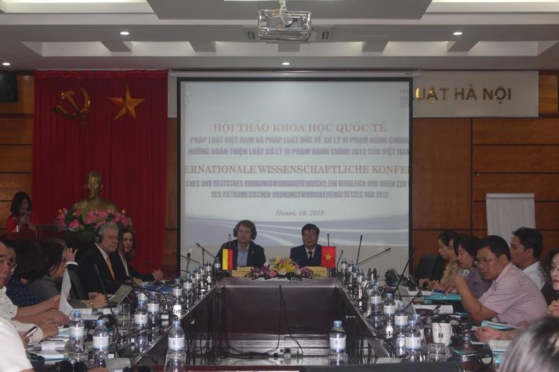 Hội thảo khoa học về hoàn thiện Luật xử lý Vi phạm hành chính 2012 ở Việt Nam