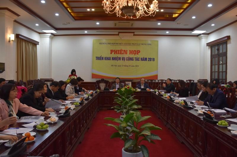 Thiết chế Hội đồng góp phần nâng cao ý thức chấp hành pháp luật của người dân