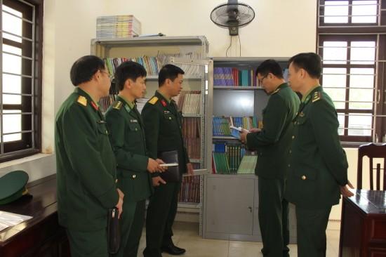 Tủ sách pháp luật tại Đồn Biên phòng Trà Lý, BĐBP Thái Bình