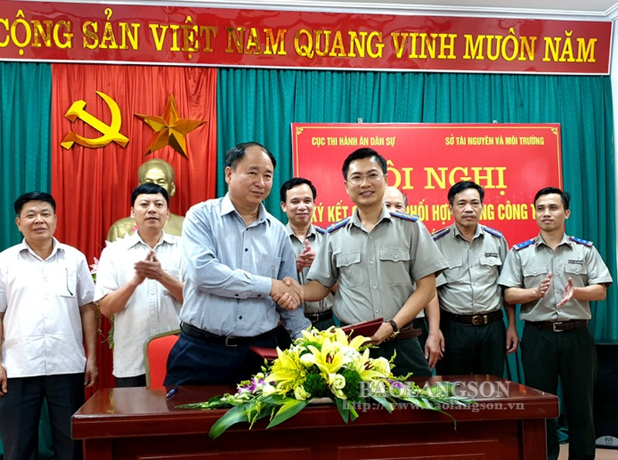 Ký kết Quy chế phối hợp trong THADS giữa Cục THADS Lạng Sơn và Sở TNMT