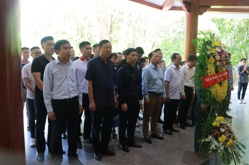 Báo Pháp luật Việt Nam bắt đầu hành trình tri ân tháng 7