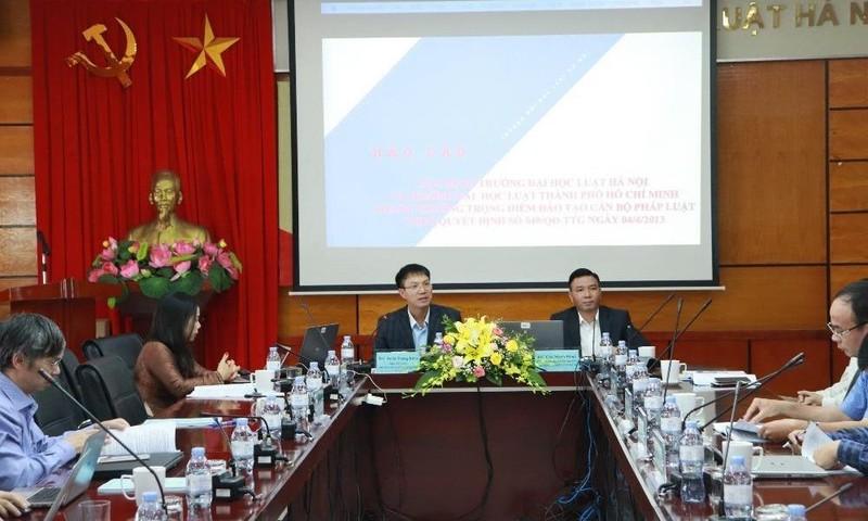 Xây dựng trường Đại học Luật Hà Nội thành trường trọng điểm đào tạo cán bộ pháp luật
