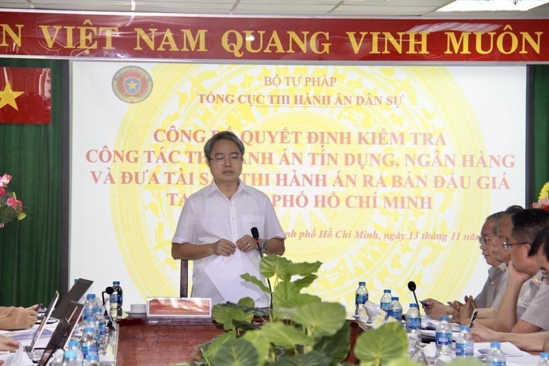 Tổng cục trưởng Tổng cục Thi hành án dân sự kiểm tra công tác thi hành án tín dụng ngân hàng tại TP Hồ Chí Minh