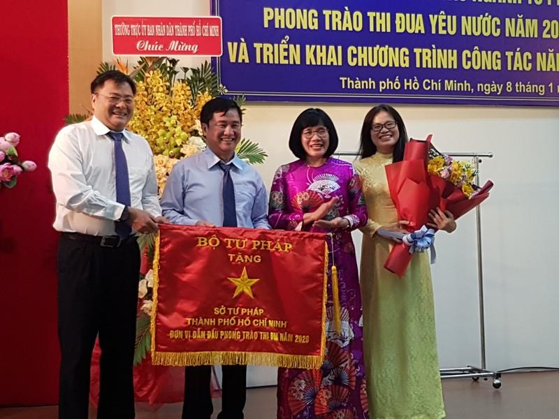 """Ngành Tư pháp TP.Hồ Chí Minh """"vượt khó"""" trong năm Covid, đạt nhiều thành tựu đáng ghi nhận"""