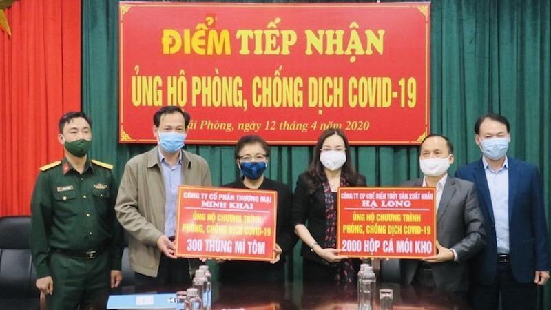 Hải Phòng: Sở Y tế tiếp nhận nhu yếu phẩm ủng hộ công tác phòng chống dịch