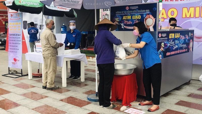 Cây ATM gạo đầu tiên tại Hải Phòng