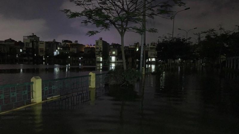 Sống thấp thỏm trong vùng ngập lụt ở Hải Phòng