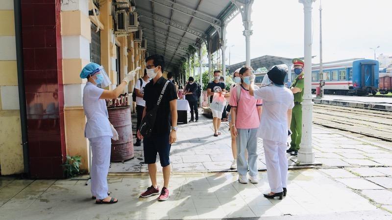 Tổ kiểm soát dịch bệnh tại Ga Hải Phòng
