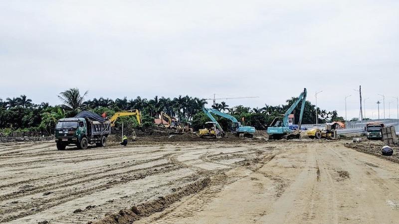 Các đơn vị đang tích cực triển khai thi công phấn đấu trong tháng 12/2020 sẽ thông tuyến đến đường 208.