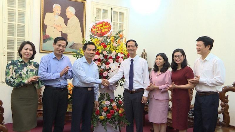 Lãnh đạo thành phố Hải Phòng chúc mừng 90 năm ngày Mặt trận Tổ quốc Việt Nam
