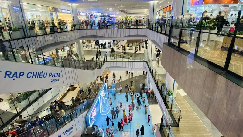 AEON - Hải Phòng Lê Chân thu hút đông đảo khách tham quan và mua sắm ngay trong ngày khai trương.