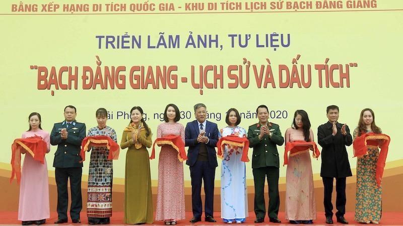 """Hải Phòng tổ chức triển lãm, tư liệu """"Bạch Đằng Giang - Lịch sử và dấu tích"""""""