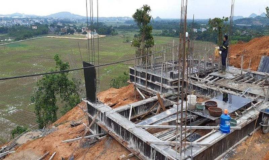 Khu nghỉ dưỡng Long Thành – Hòa Bình Resort chưa phù hợp với quy hoạch sử dụng đất đã tổ chức xây dựng?