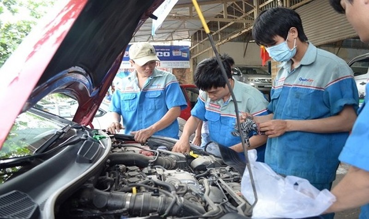 Nguyên nhân khiến động cơ xe ô tô giật cục và giải pháp